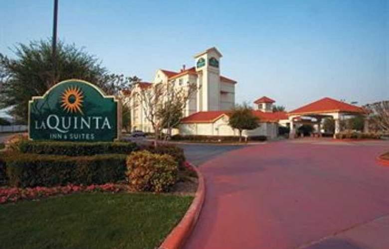 La Quinta Inn & Suites Dallas Arlington South - Hotel - 0