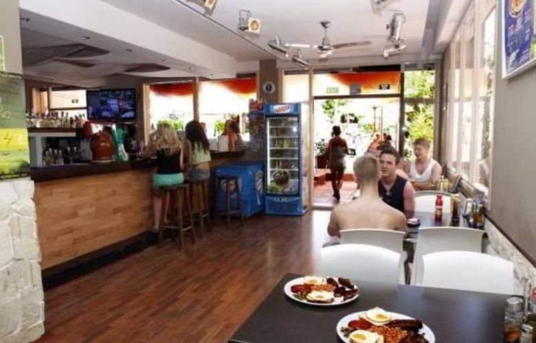 Azuline Apartamentos Sunshine - Restaurant - 24