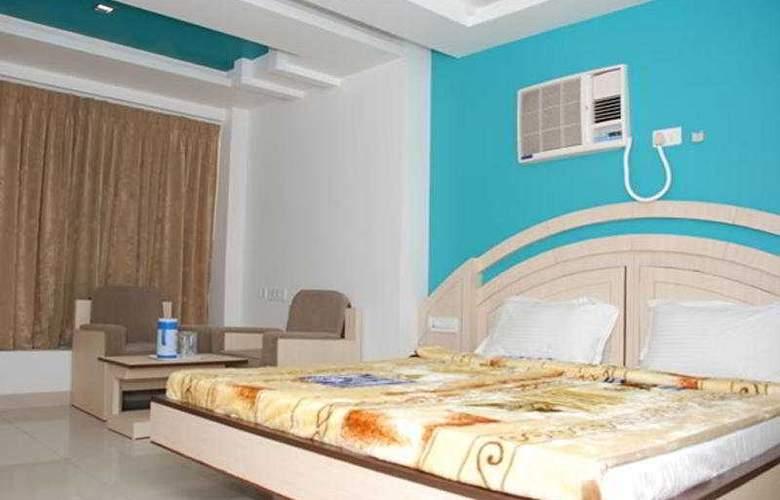Ambassador - Room - 7