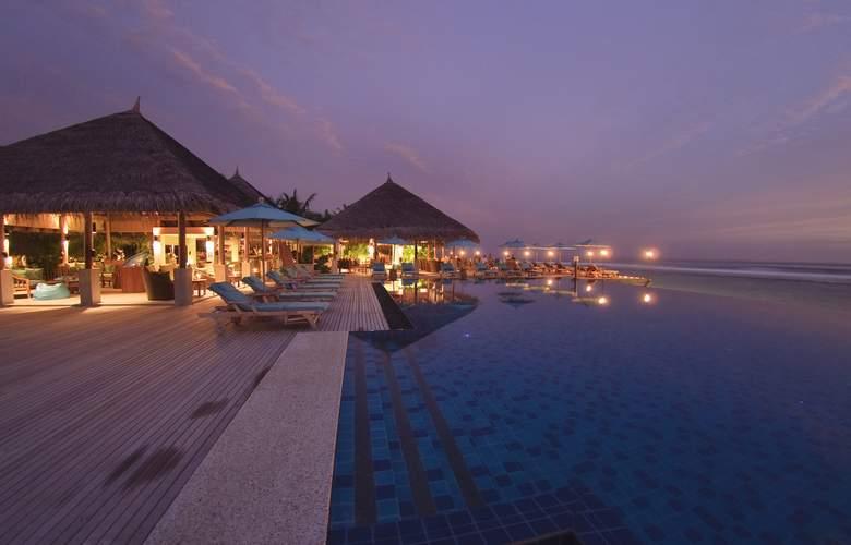 Anantara Veli Maldives Resorts - Pool - 2