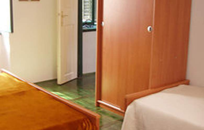 Apartman Poluotok - Room - 3