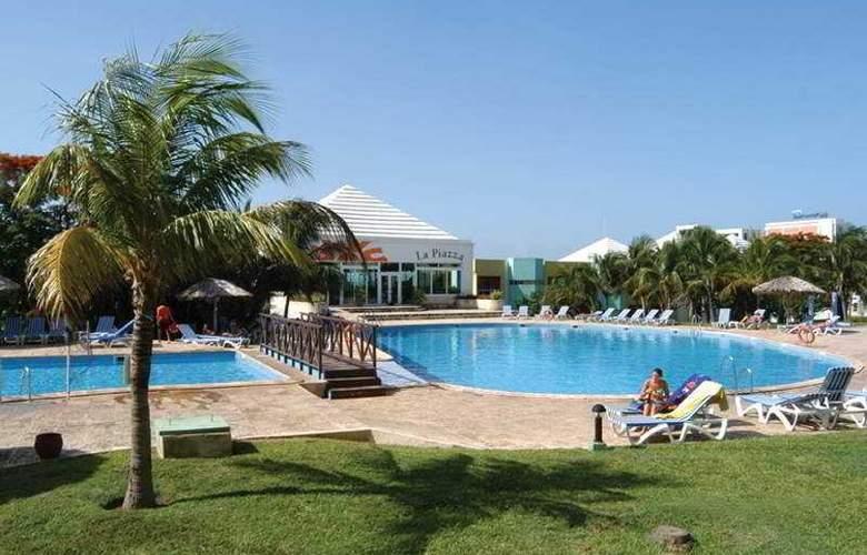 Allegro Palma Real - Pool - 7
