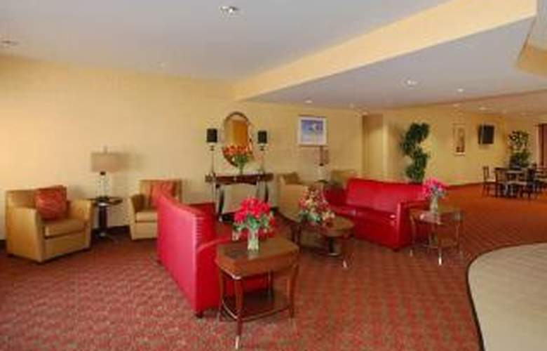 Comfort Suites Wright Patterson - General - 1