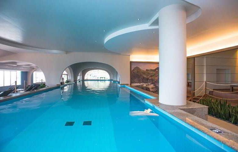 Pestana Carlton Madeira Ocean Resort Hotel - Pool - 20