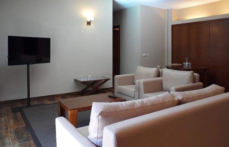 Nau Salgados Palm Village Apartments & Suites - Room - 7