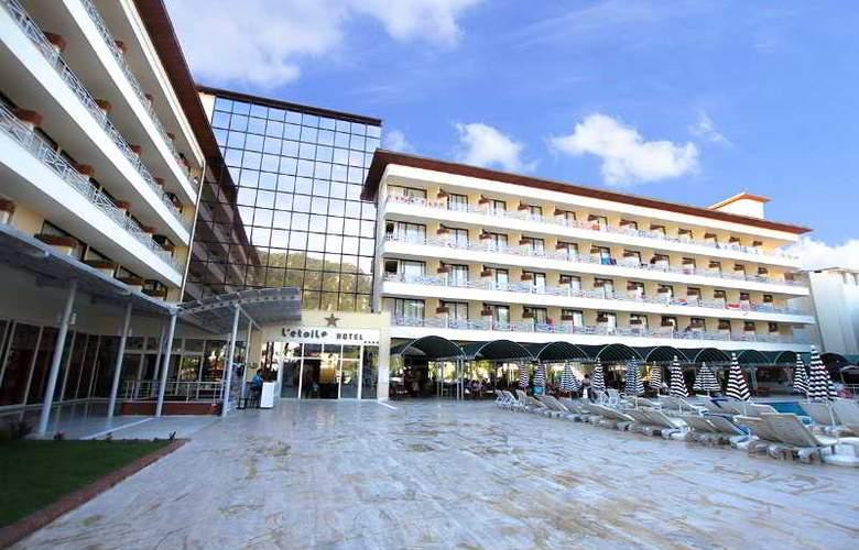 L´ Etoile Beach Hotel - Hotel - 9