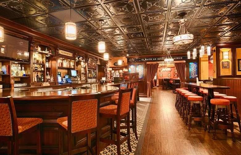 Best  Western Plus Cairn Croft Hotel - Restaurant - 87