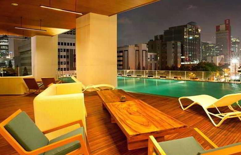 JS Luwansa Hotel And Convention Center - Pool - 3