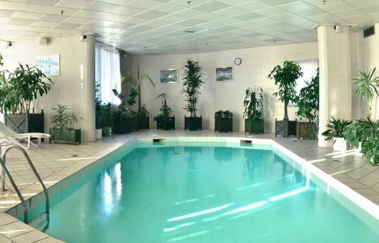 Holiday Inn Moscow - Seligerskaya - Pool - 9