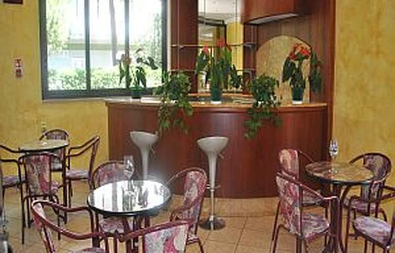 Des Bains - Hotel - 5