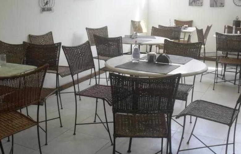 Fortpraia Hotel - Restaurant - 1