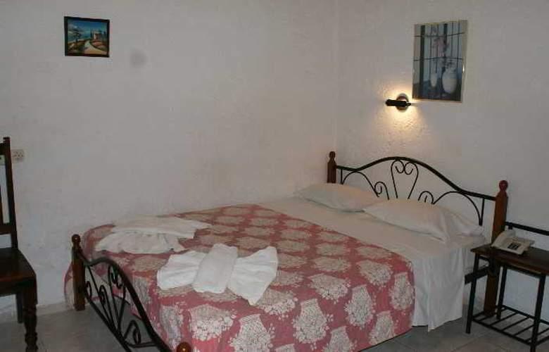 Roxani - Room - 2