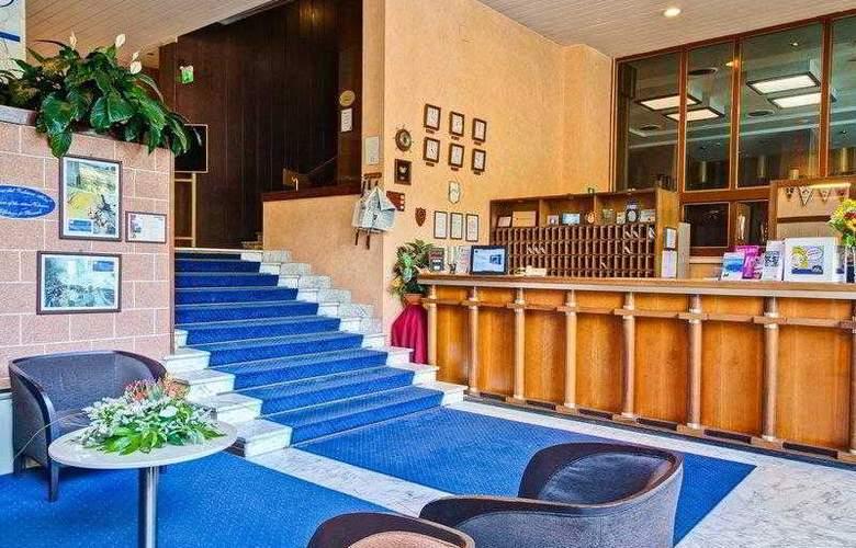 Best Western hotel San Germano - Hotel - 33