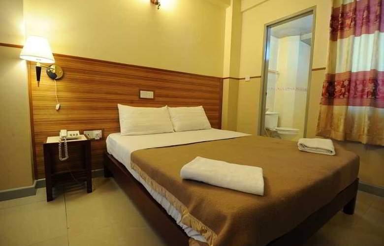 Luckyhiya - Room - 24