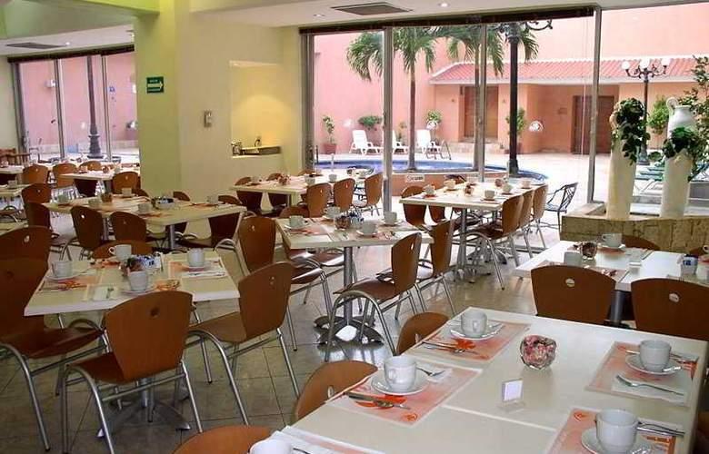 Comfort Inn Veracruz - Restaurant - 5