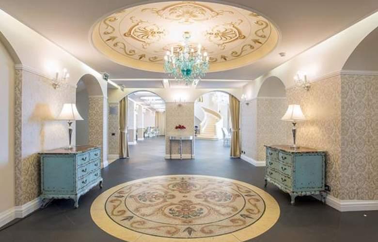 Marina Holiday Resort & Spa - Hotel - 1