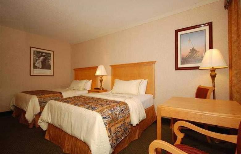 Best Western Rosslyn/Iwo Jima - Hotel - 32