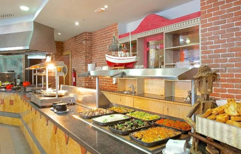 Iberostar Playa Gaviotas Park - Restaurant - 3