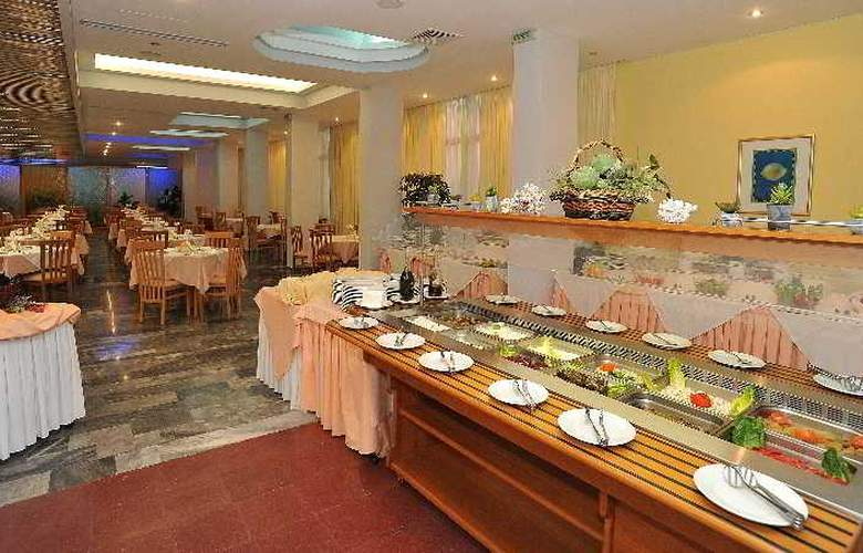 Tylissos Beach Hotel - Restaurant - 17
