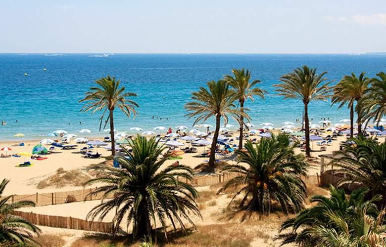 Club Bahamas Ibiza - Beach - 3