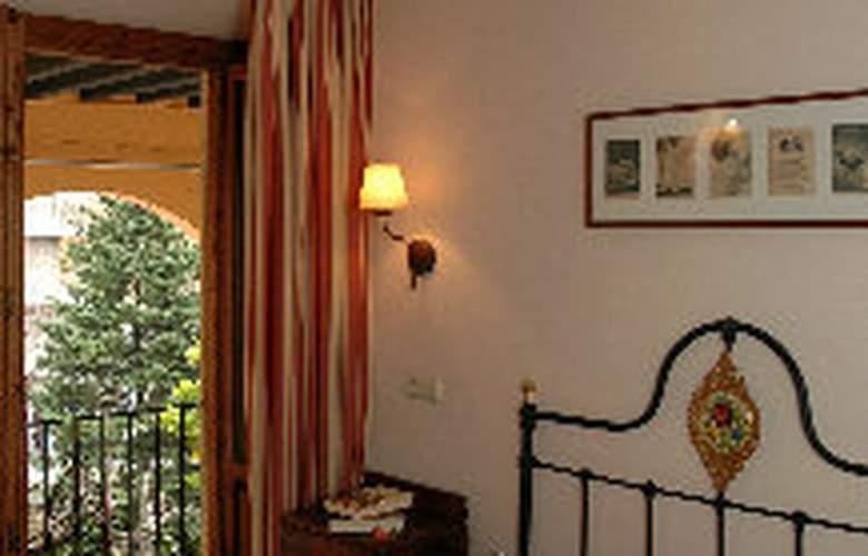 Andria - Room - 2