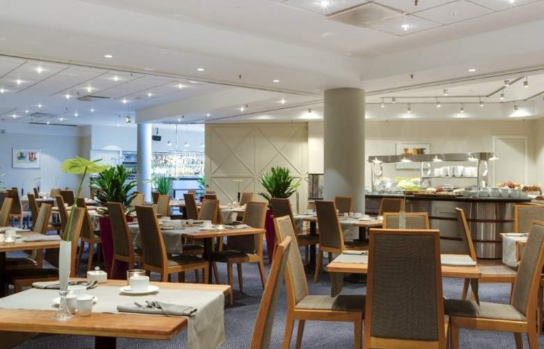 Radisson Blu Falconer Hotel & Conference Center - Restaurant - 6