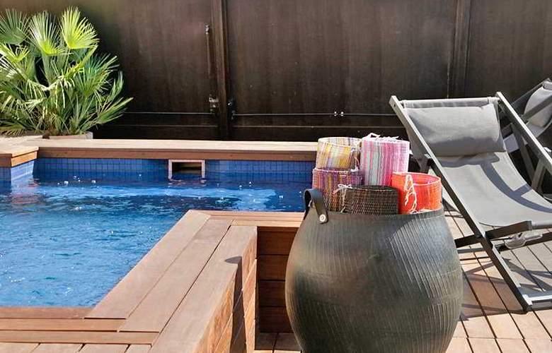 Granados 83 - Pool - 7