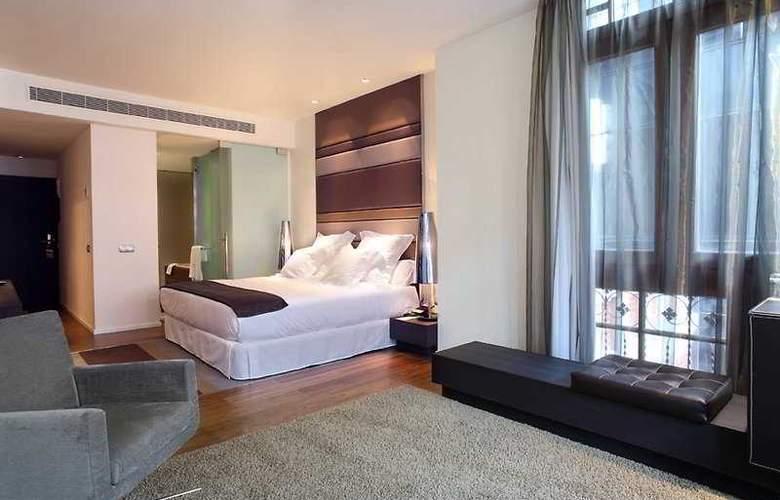 Barceló Oviedo Cervantes - Room - 9