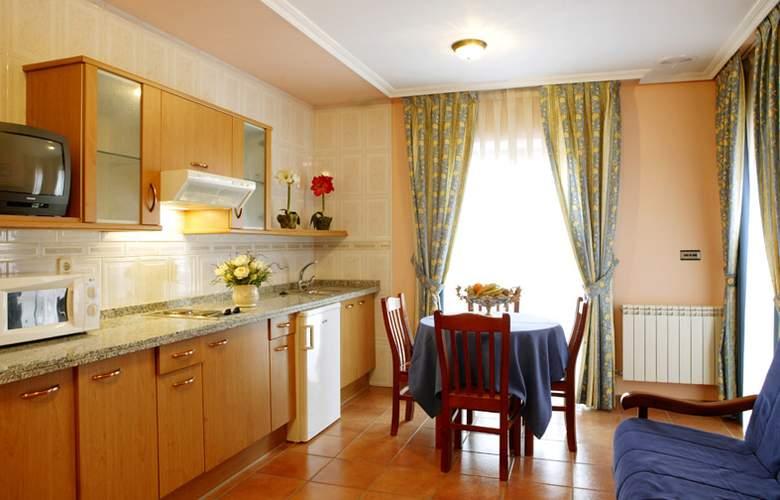Hotel 2 * y Apartamentos Peña Santa - Room - 12