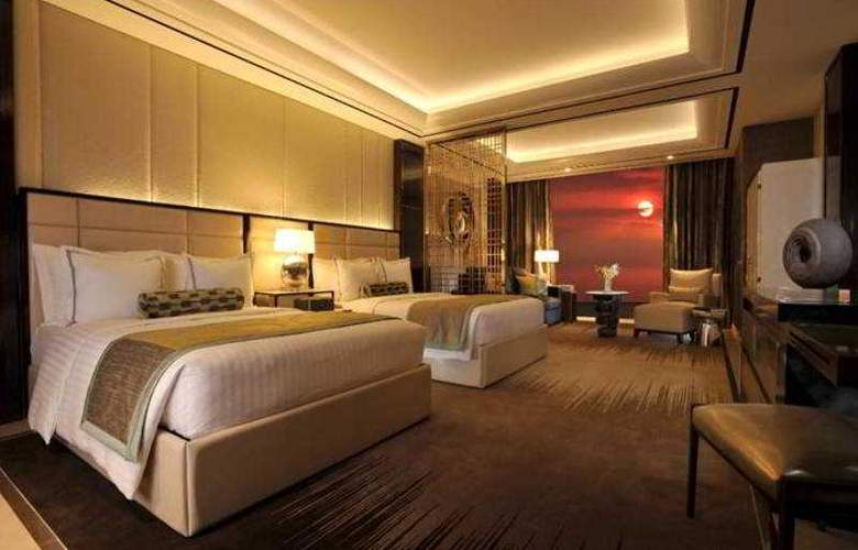Solaire Resort And Casino - Room - 16