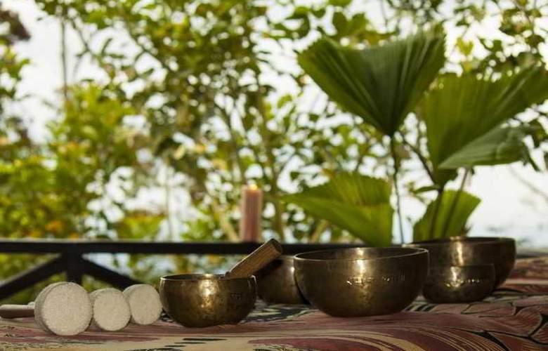 GreenLagoon Wellbeing Resort - Terrace - 38
