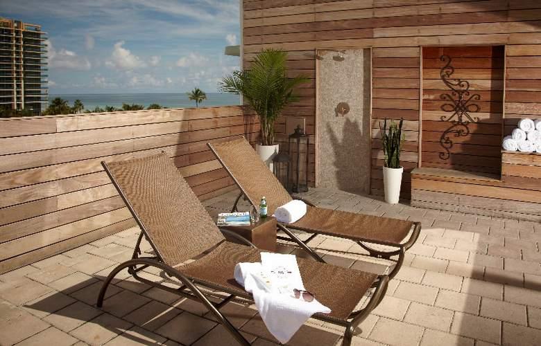 Winter Haven South Beach - Terrace - 4