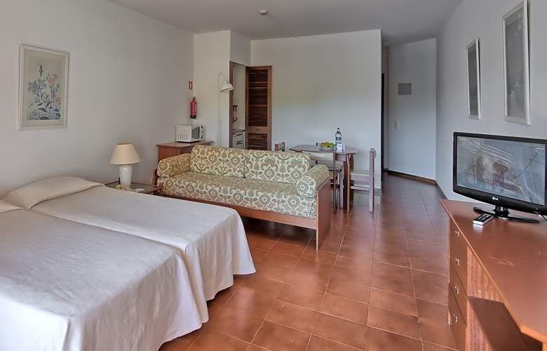 Dom Pedro Portobelo - Room - 8