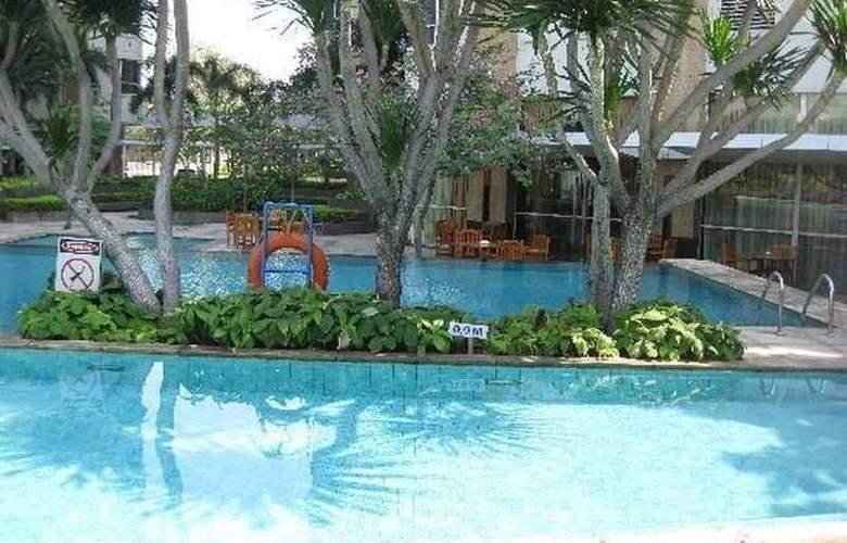 Somerset Berlian Jakarta - Pool - 1