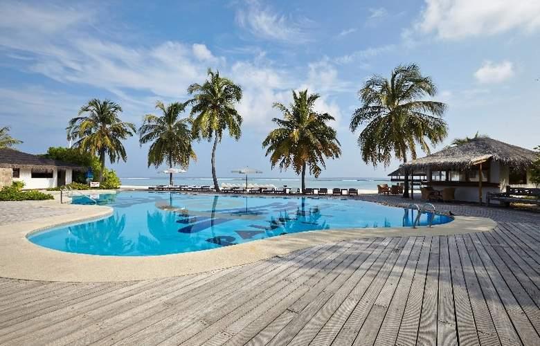 Palm Beach Resort & Spa Maldives - Pool - 1