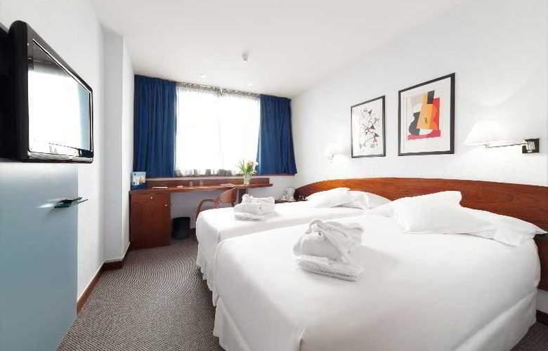 Occidental Praha - Room - 12