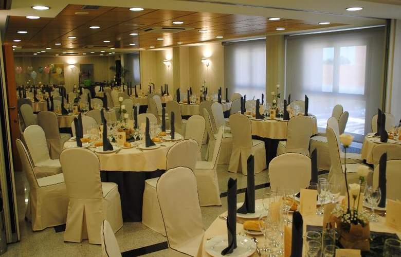 Sercotel Gran Fama - Restaurant - 41