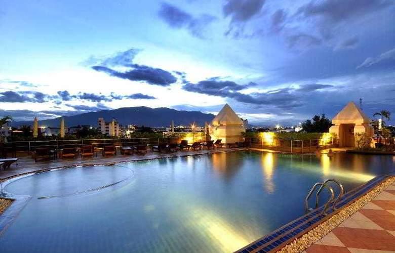 Centara Duangtawan Hotel Chiang Mai - Pool - 16