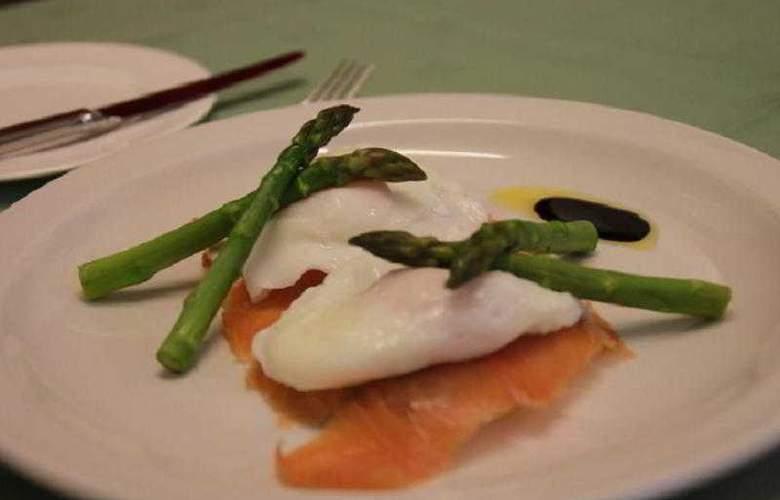 Mansefield Guest House - Restaurant - 11