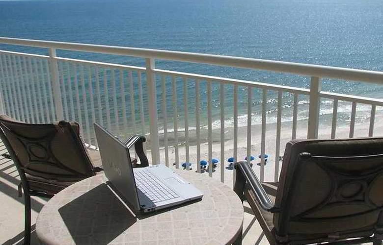 ResortQuest Rentals at Palacio - Terrace - 5