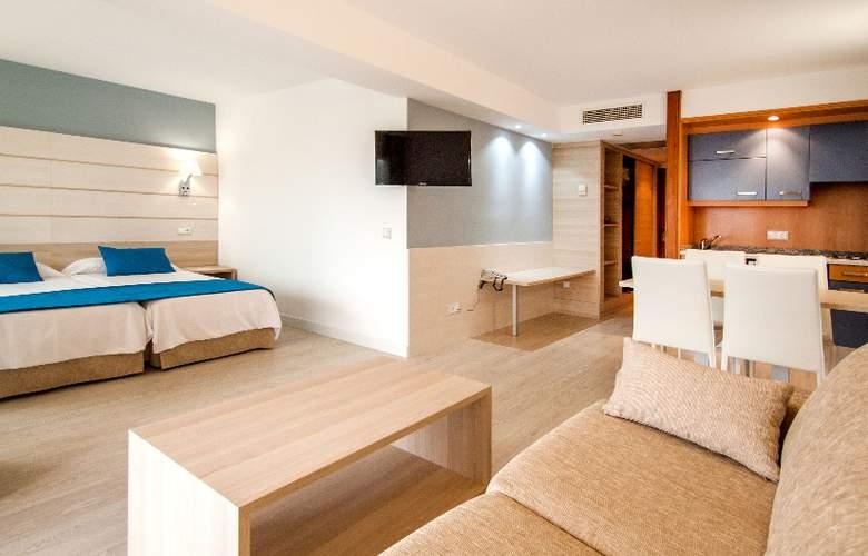 Ola Aparthotel Tomir - Room - 8