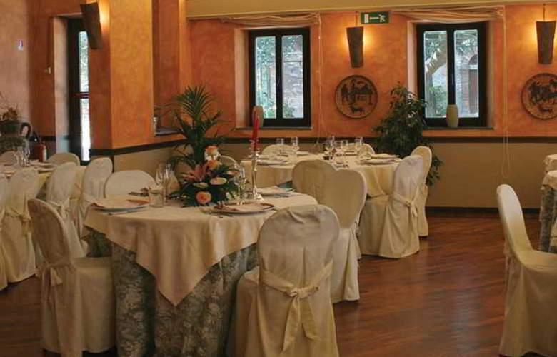 Bluebay Colle Della Trinità Perugia - Restaurant - 13