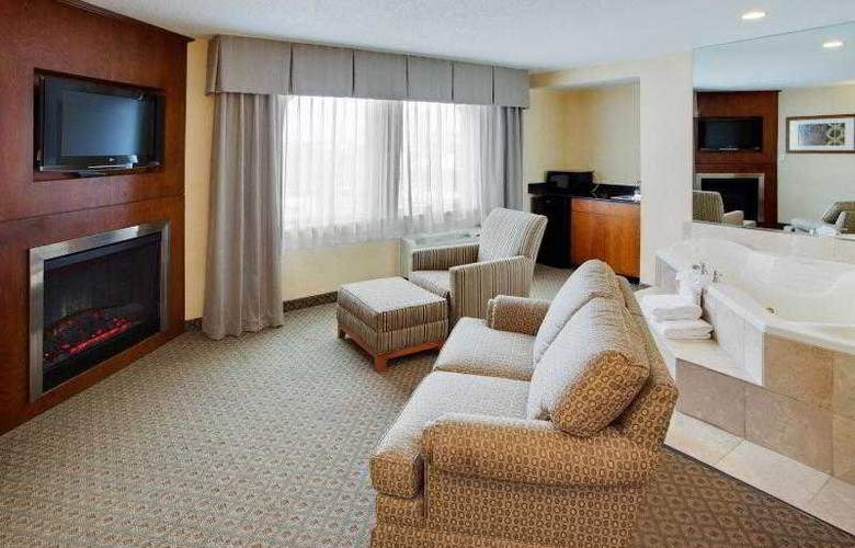 Holiday Inn Express Baltimore at the Stadiums - Room - 18