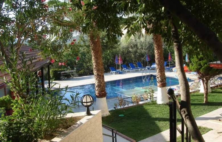Eftelya Apart - Pool - 6