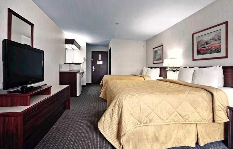 Comfort Inn & Suites Portland Intl Airport - Room - 0