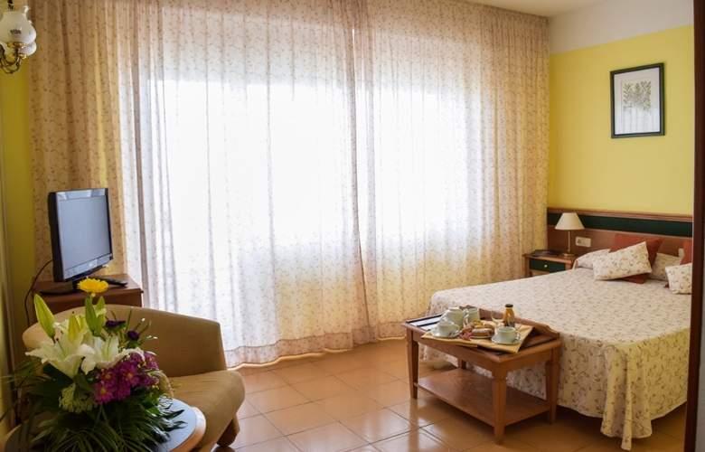 Cavanna - Room - 19