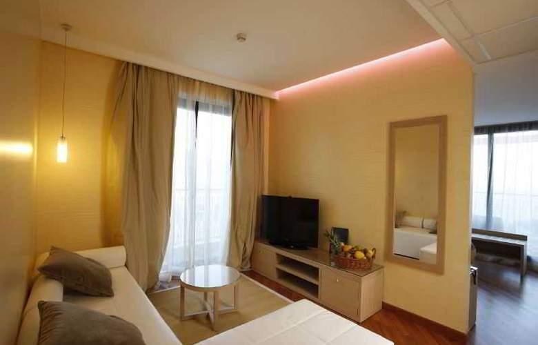 Villa Esperia - Room - 3