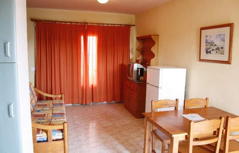 Solvasa Cabo de Baños - Room - 8