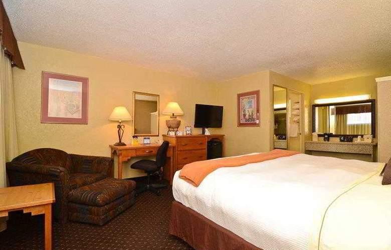 Best Western Turquoise Inn & Suites - Hotel - 2