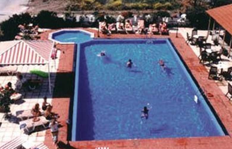 Cleopatra Classic - Pool - 1